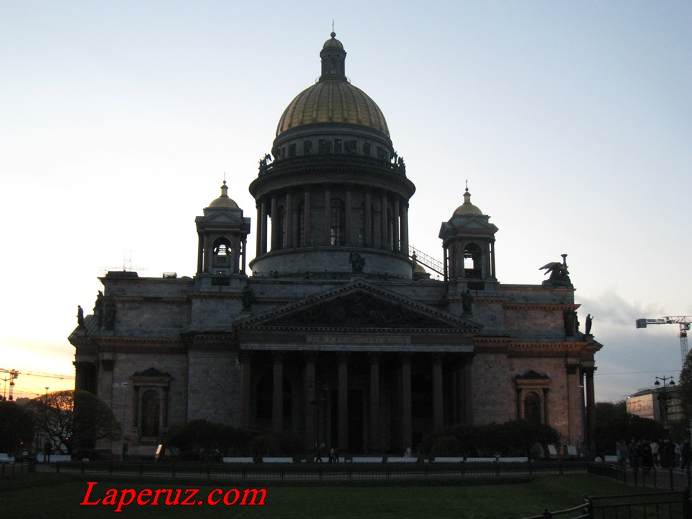 Isaakievskii_sobor_v_sankt_peterburge