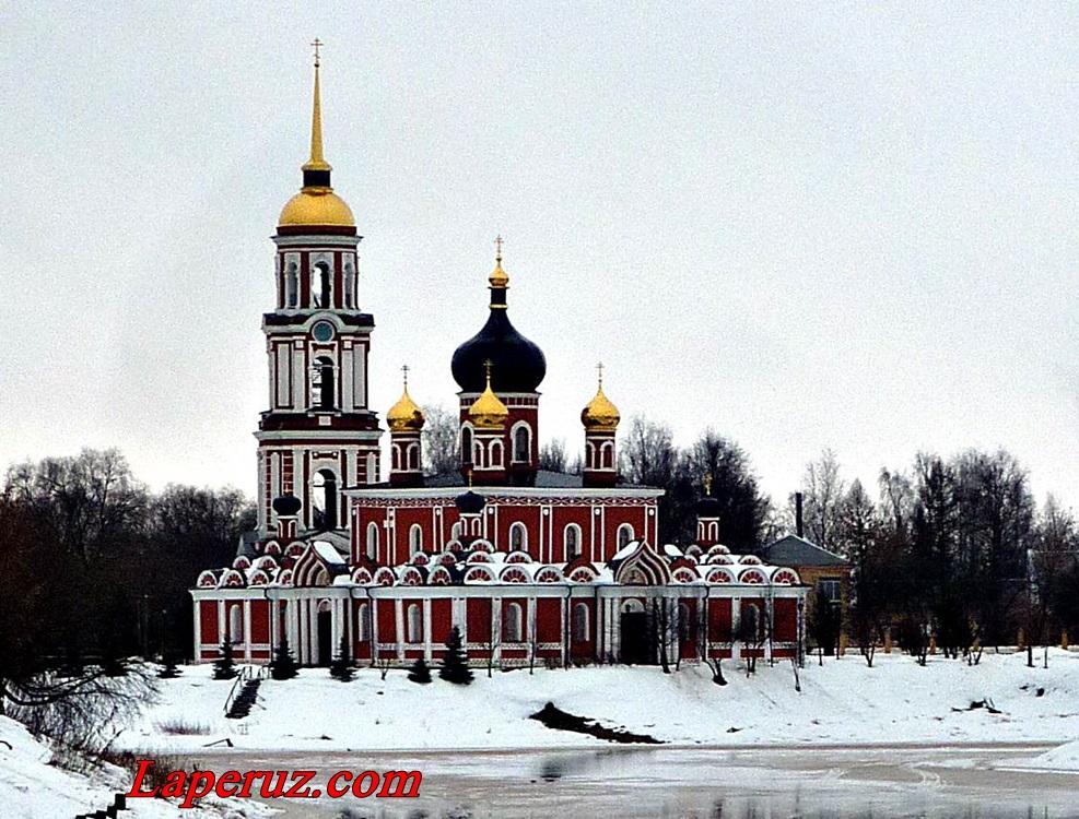 voskresenskiy sobor v staroi russe
