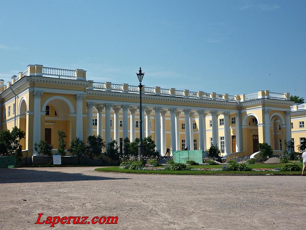 alexandrovski_dvorec_v_carskom_sele