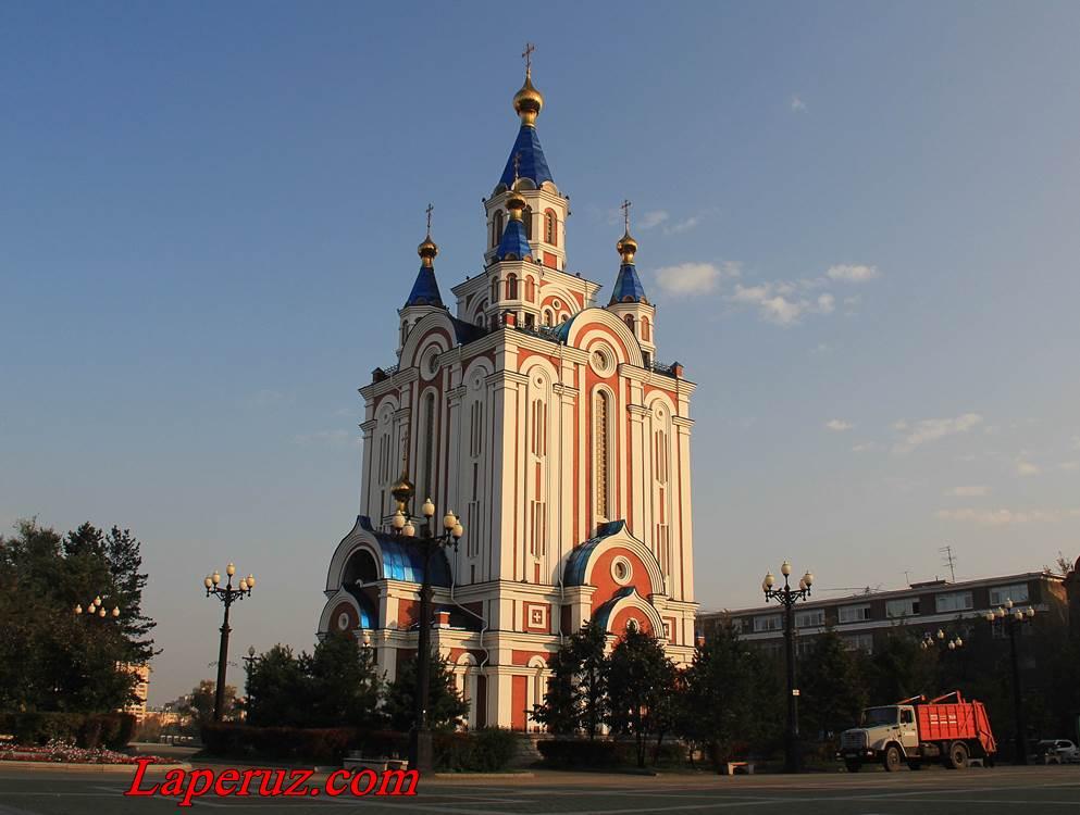 Uspenskiy-sobor-v-khabarovske