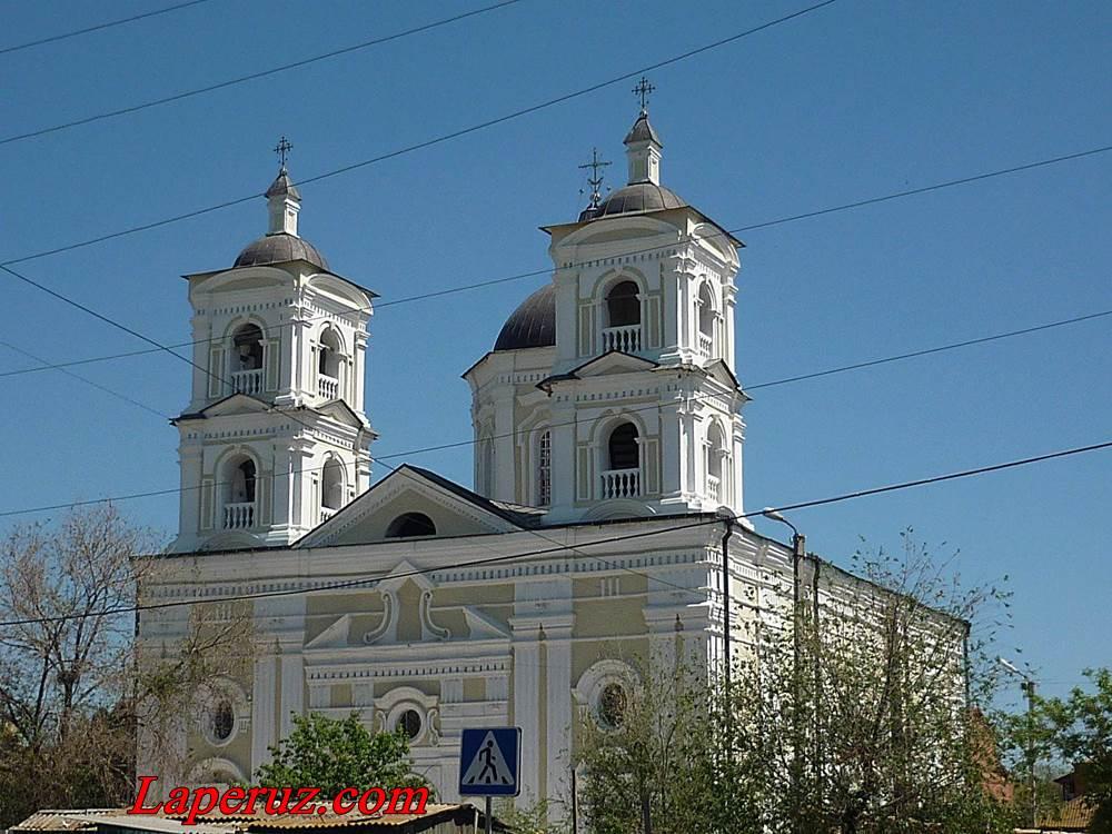 Uspenskiy hram v Astrakhani