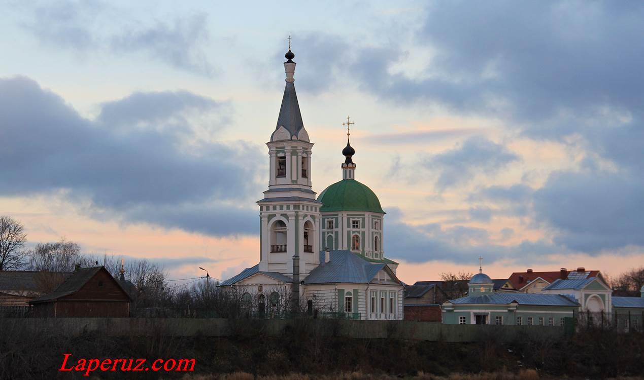 Ekaterininskaya-cerkov-v-Tveri