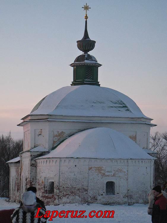 cerkov-Paraskevyi-Pyatnicyi-v-suzdale