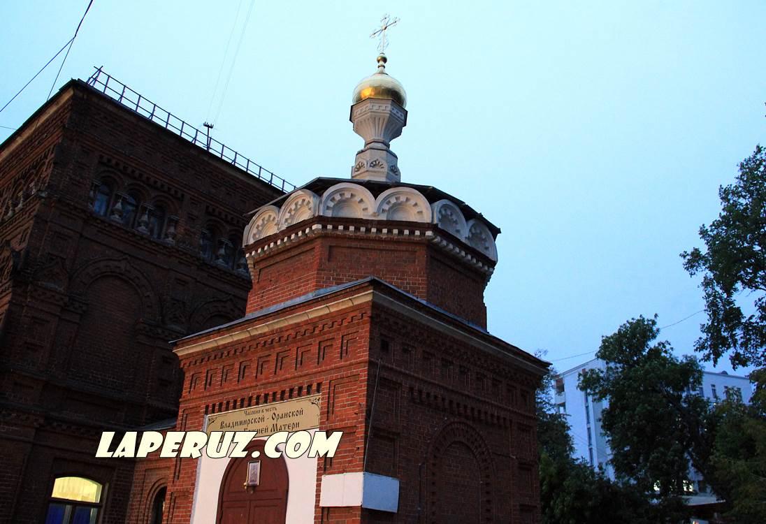 vladimirskaya_chasovnya_v_nijnem_novgorode