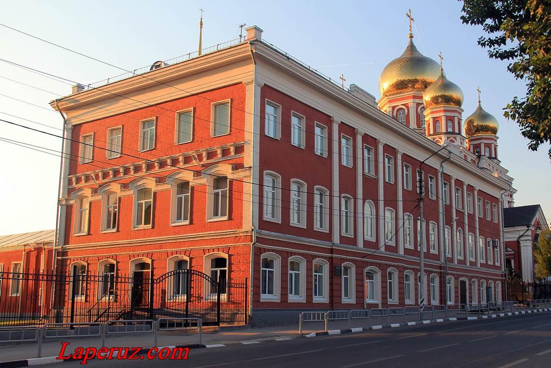 voskresnaya_rukodelnaya_shkola_i_bogadelnya_v_saratove