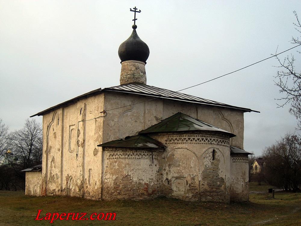 cerkov_kosmy_i_damiana_vo_pskove