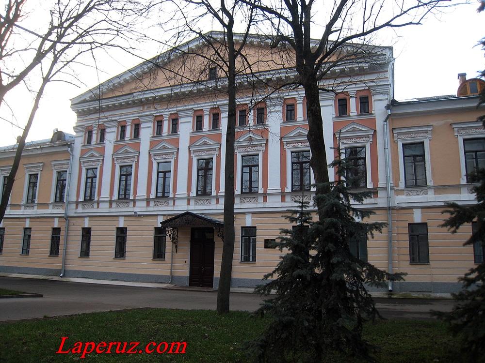 duhovnaya_seminariya_vo_pskove