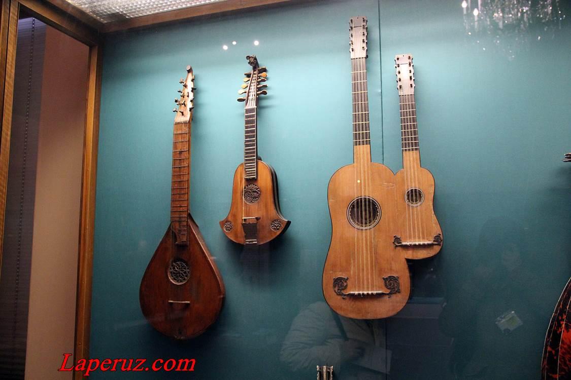 muzei_muzykalnyh_instrumentov_v_vene_5