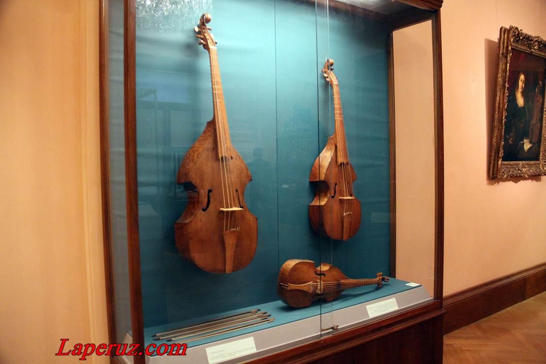 muzei_muzykalnyh_instrumentov_v_vene_7