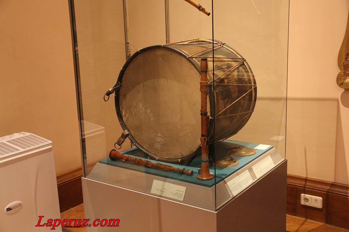 muzei_muzykalnyh_instrumentov_v_vene_15