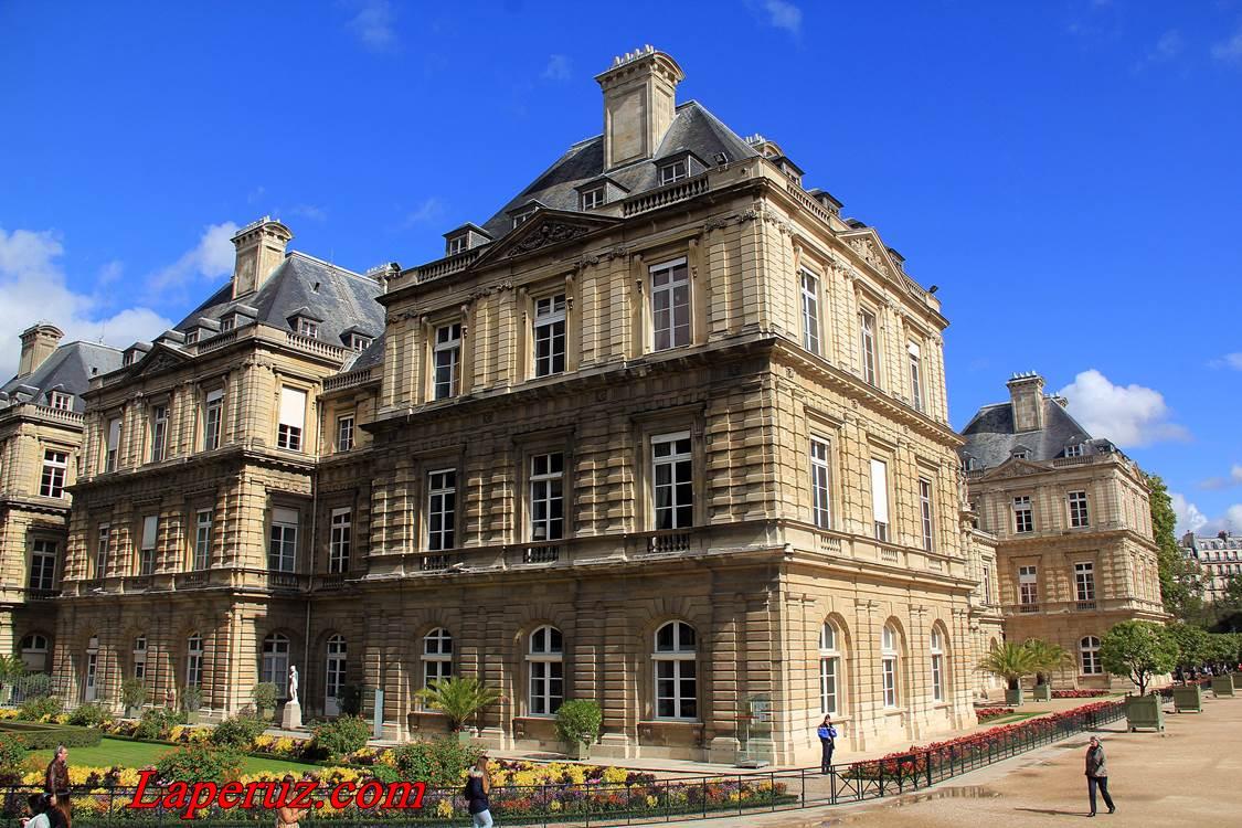 luxemburgskii_dvorec_v_parije