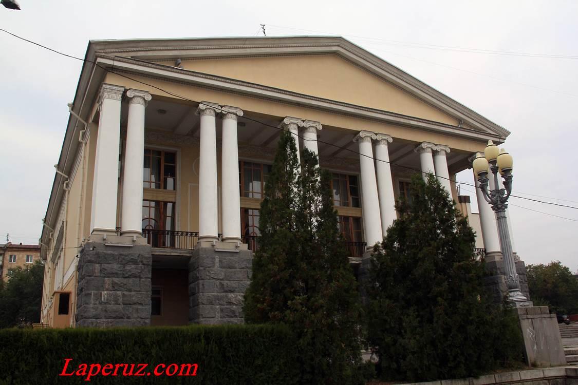 volgogradskiy_muzykalnyi_teatr