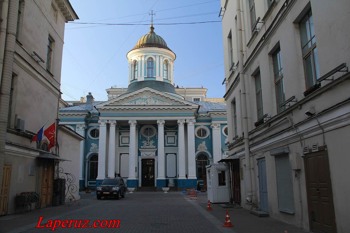 cerkov_ekateriny_v_spb