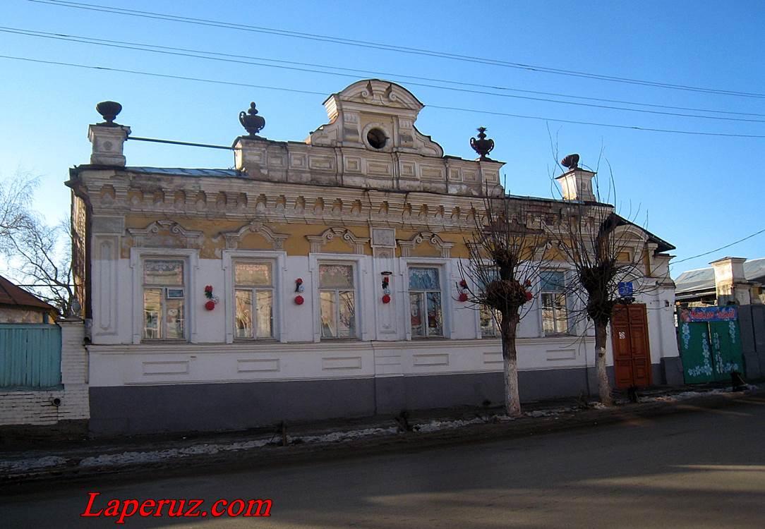 osobnyak_kommunisticheskaya_41_volsk