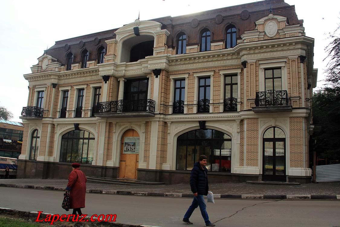 saratov_galereya_kurihina