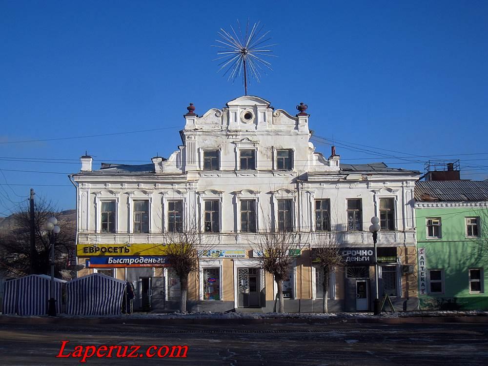 osobnyak_revolucionnaya_16_volsk