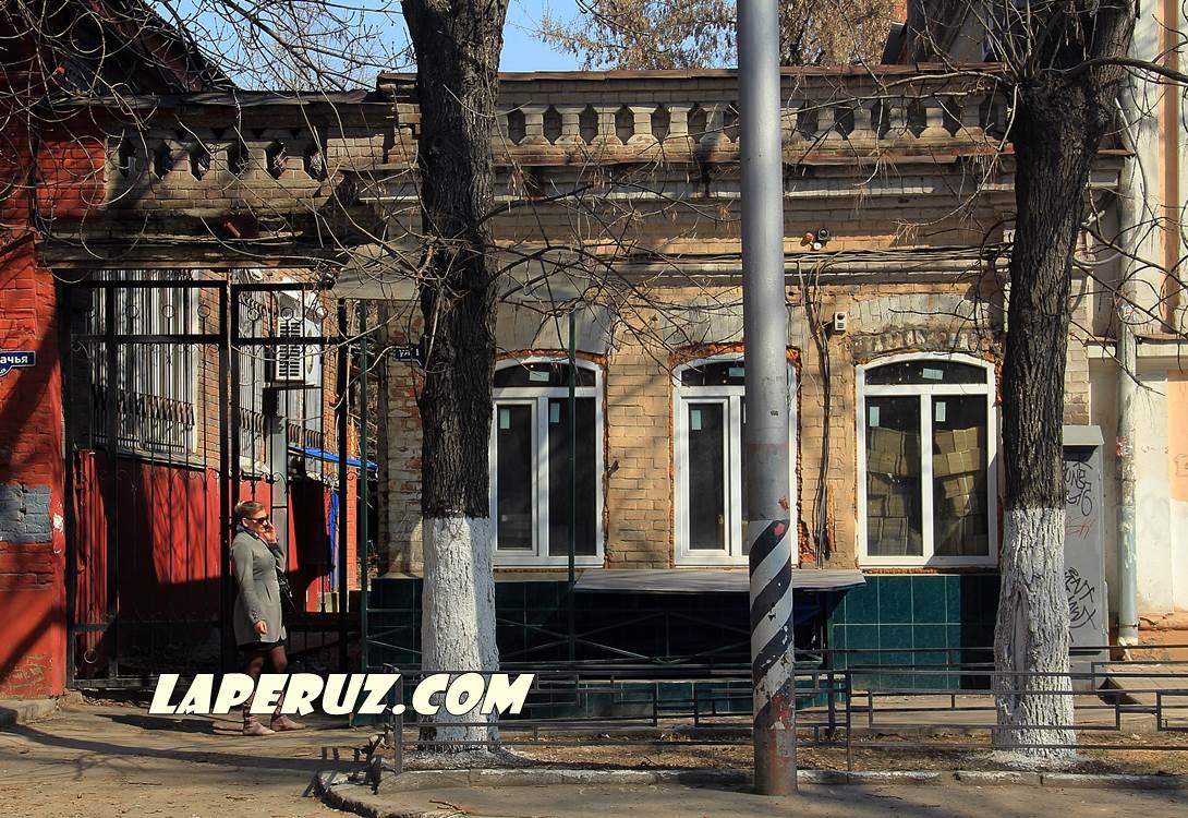 fligel_bolshaia_kazachia_8_v_saratove