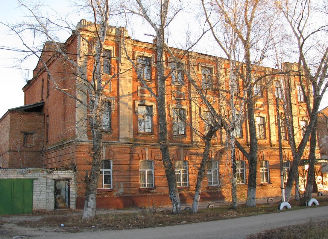 zemskaya-bolnica-v-petrovske