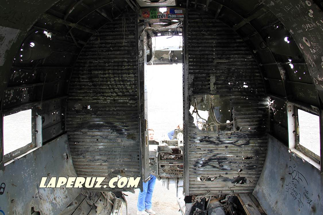 wrecked_dc_plane_2