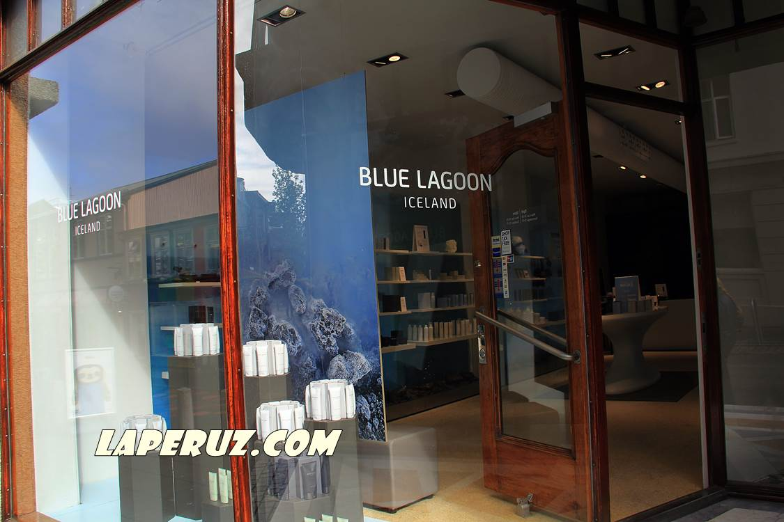 Laugavegur_blue_lagoon