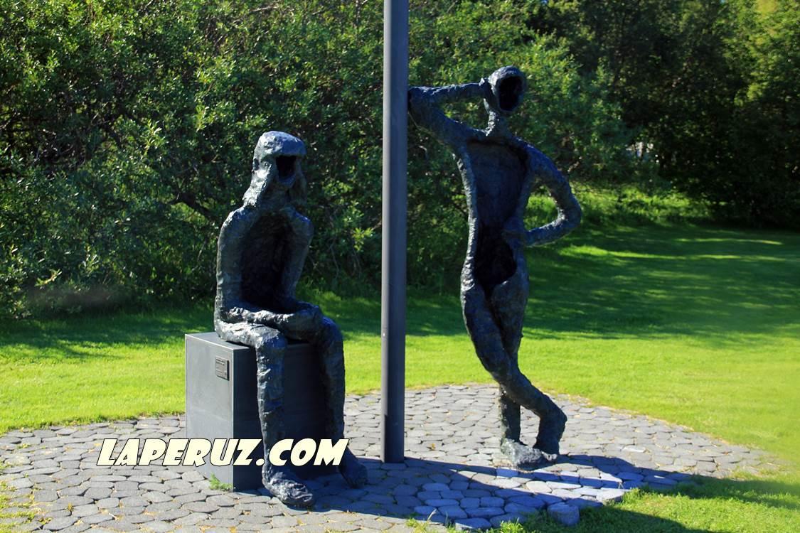 rejkyavik_monument_tjornin_9