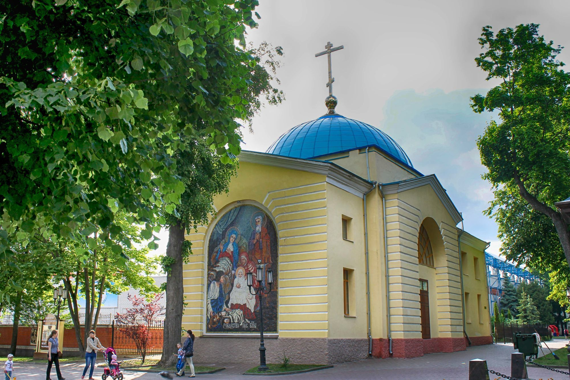 rozhdestvenskaya-cerkov-v-bryanske