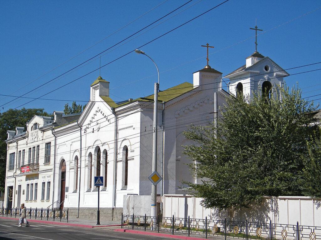 cerkov-aleksandra-nevskogo-v-kerchi