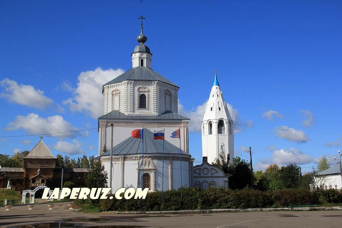 luh_uspenskaya_cerkov_2