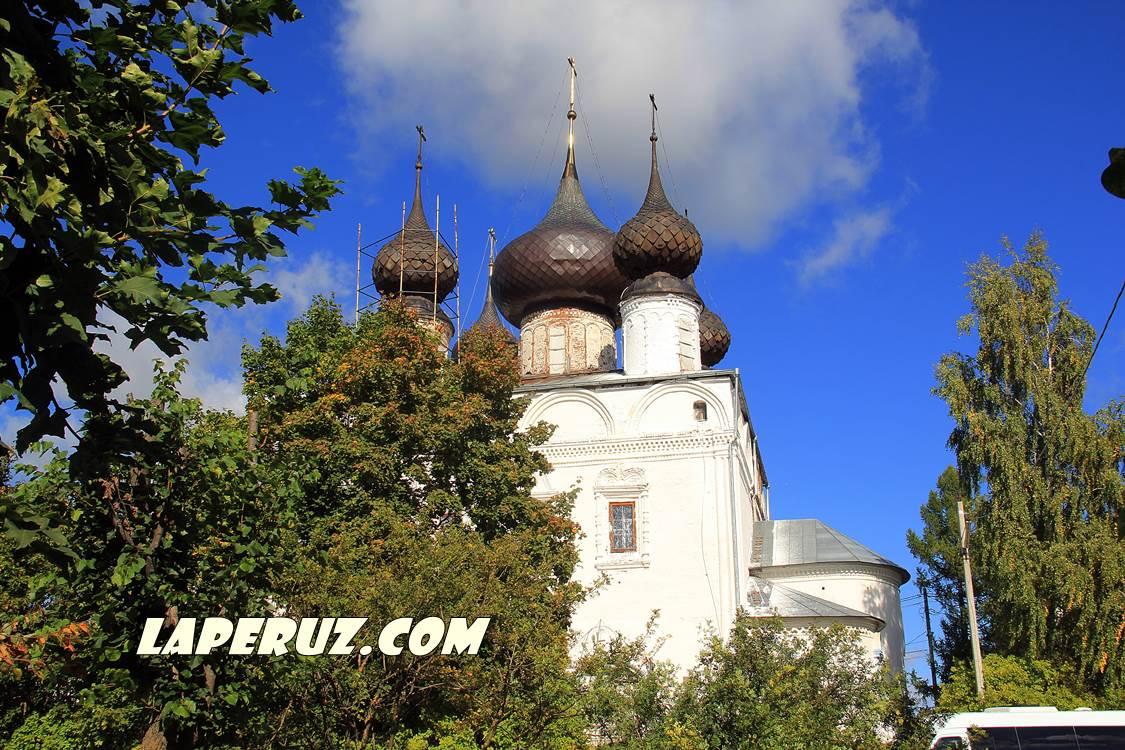 luh_voskresenskiy_hram
