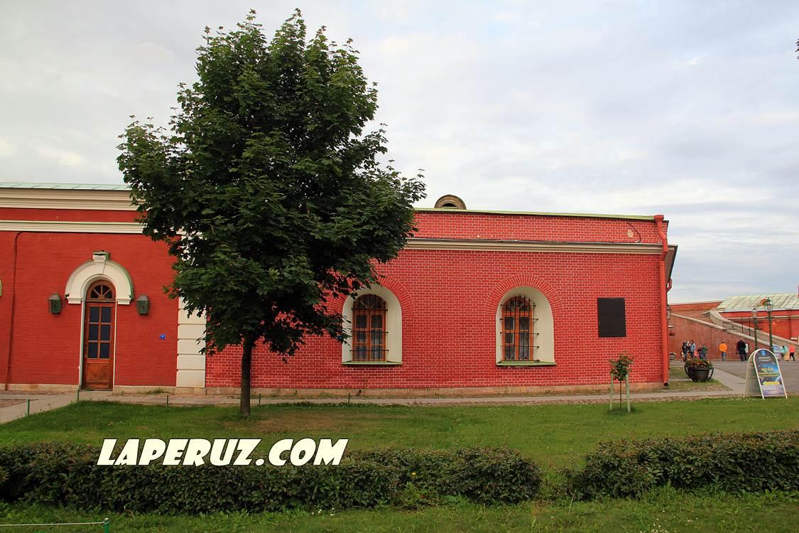 menshikov_bastion_v_petropavlovke
