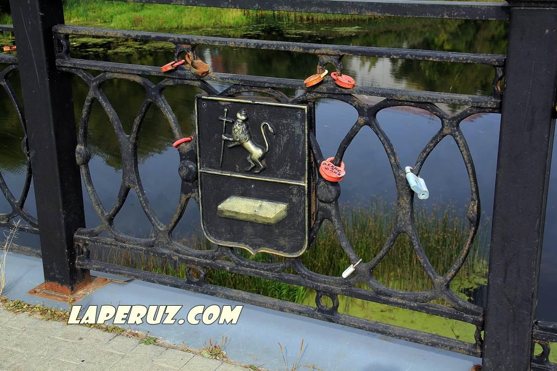 shuya_gerb_na_mostu