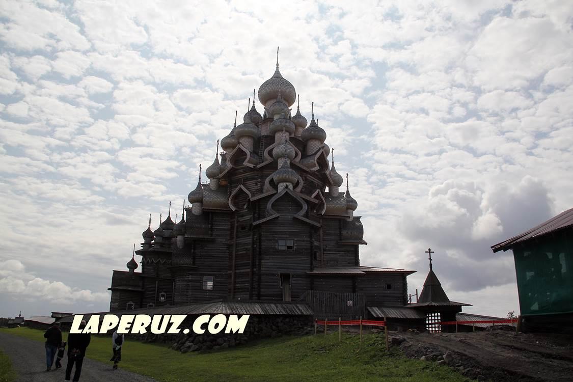 kizhi_preobrajenskaya_cerkov_1