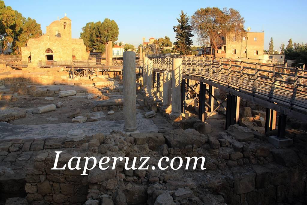 pafos_columns_2