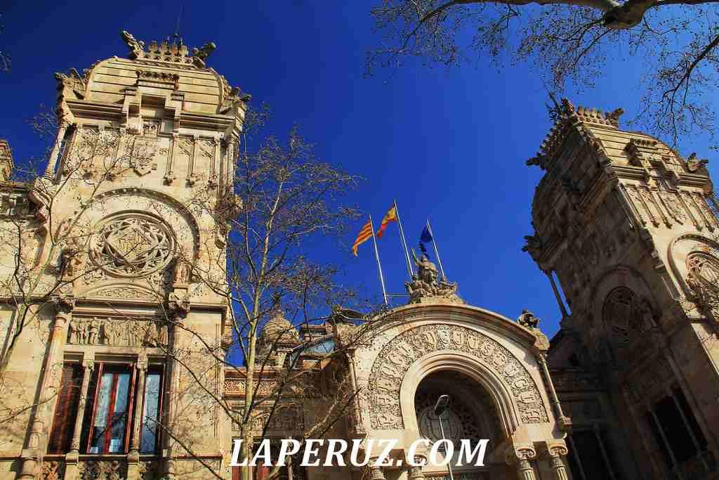 Barcelona_dvorec_pravosudia_2