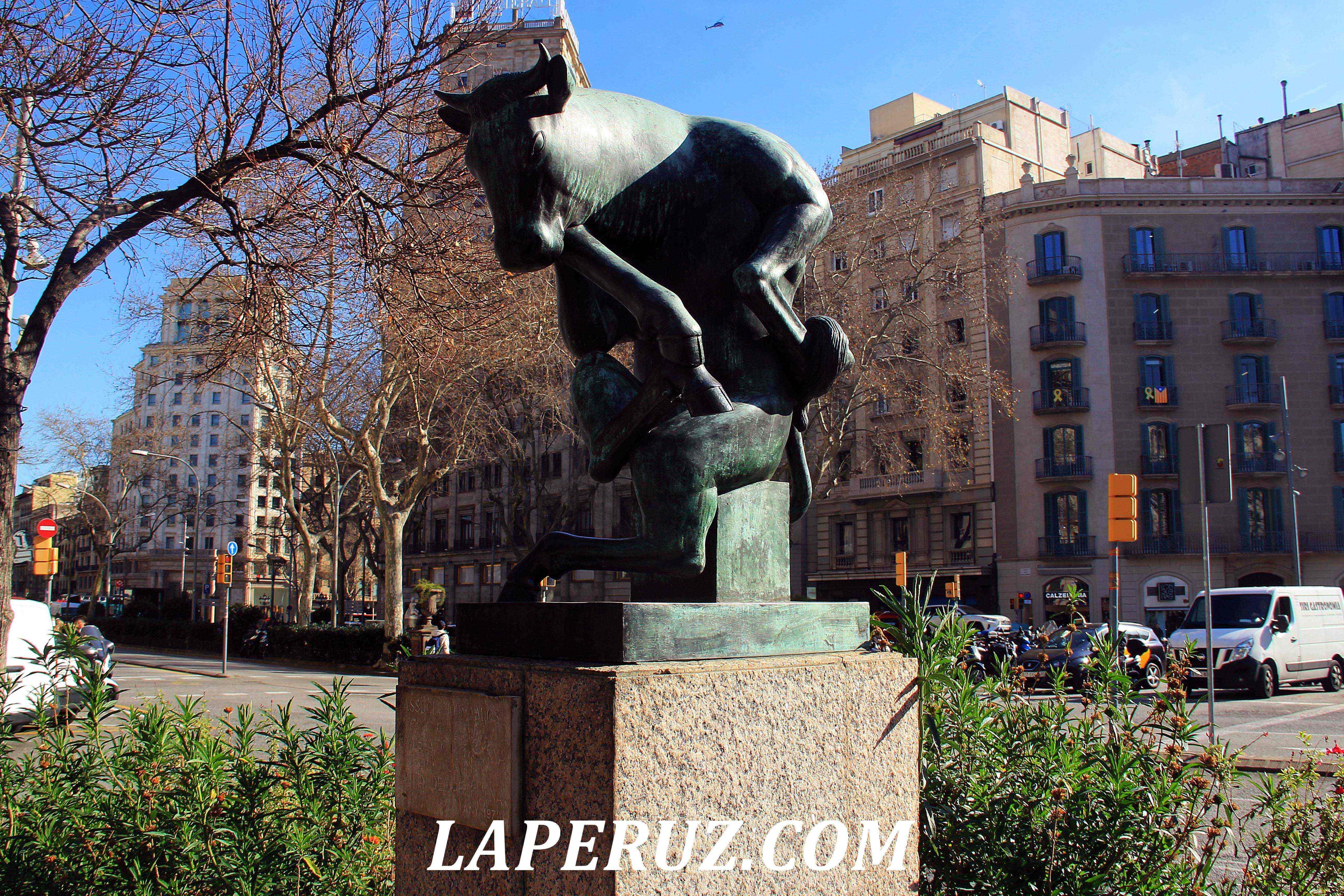 barcelona_ploschad_katalonii_1