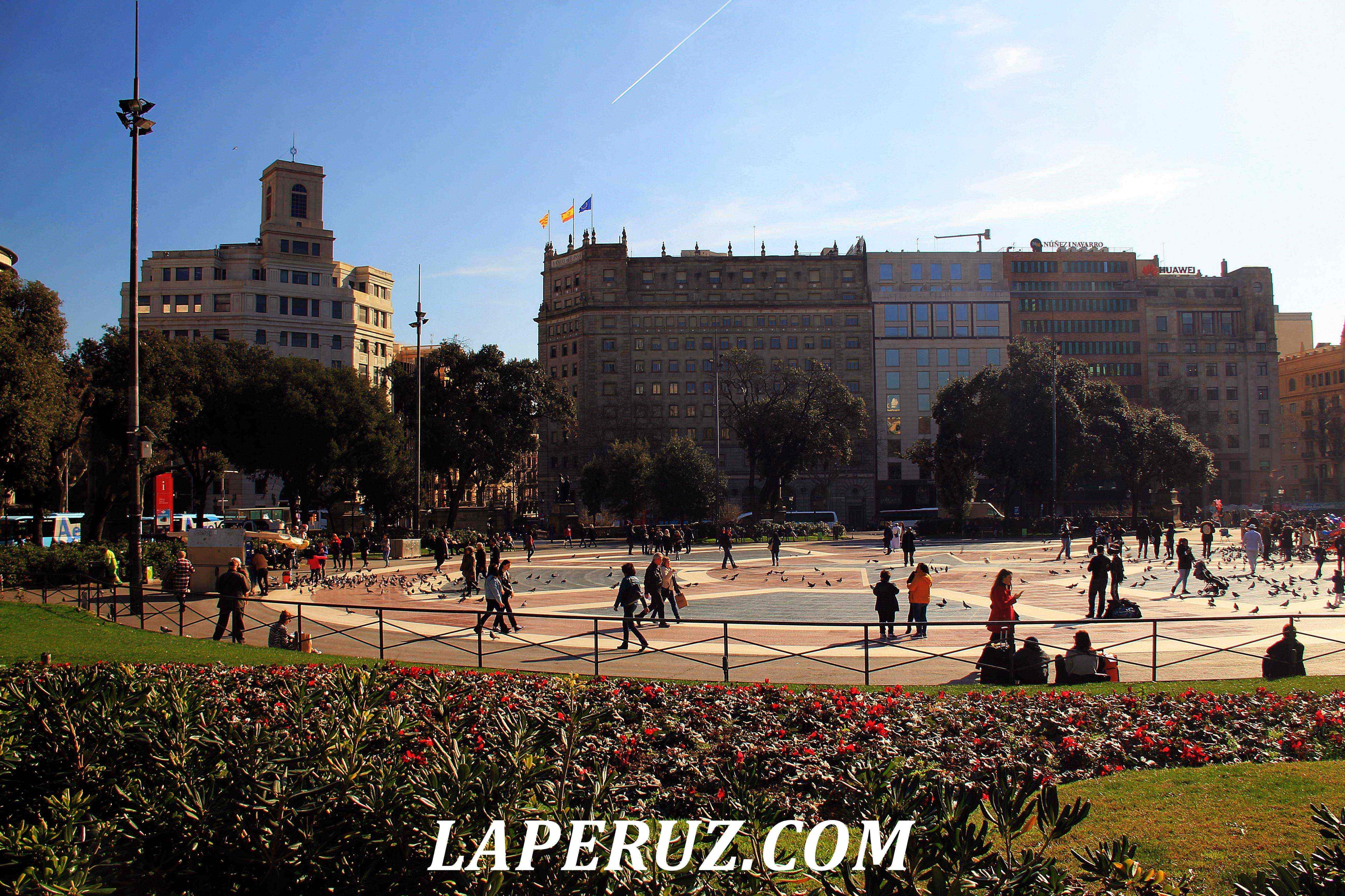 barcelona_ploschad_katalonii_5