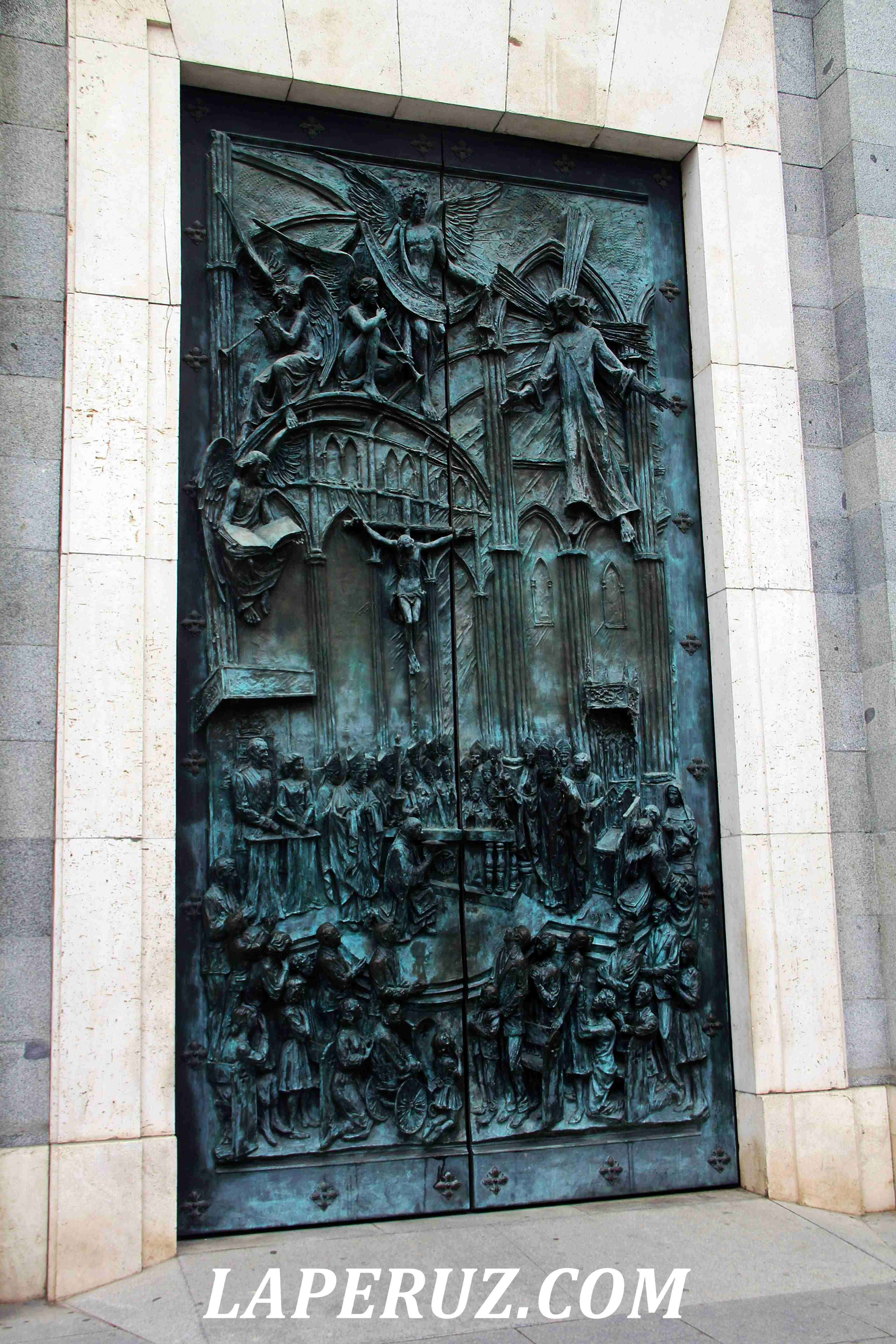 madrid_cathedral_6