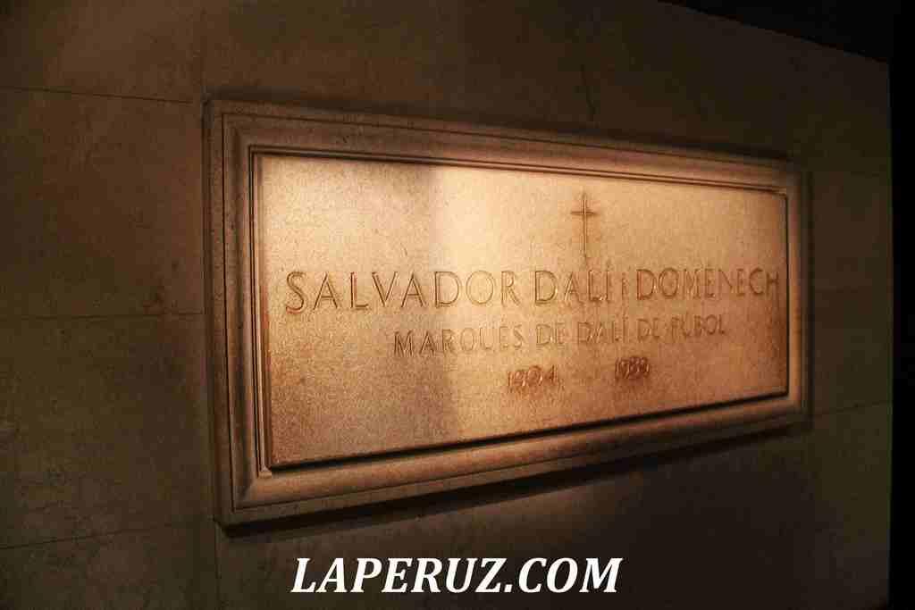 mogila_salvadora_dali