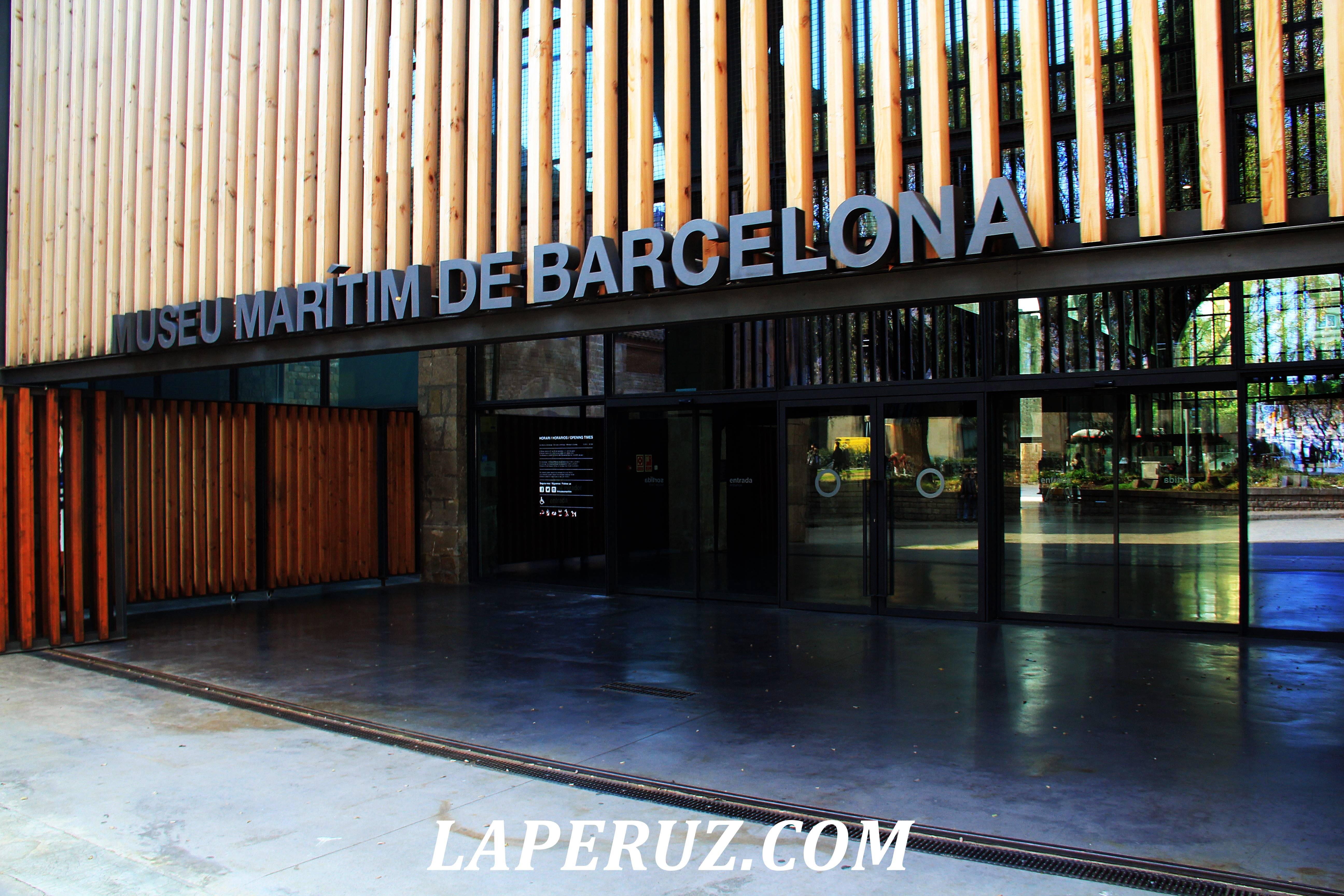 morskoi_muzei_barcelona_vhod