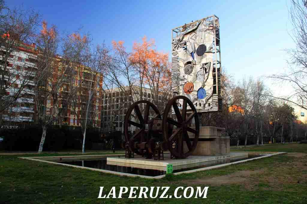 park_citadeli_Barcelona_installacia_2