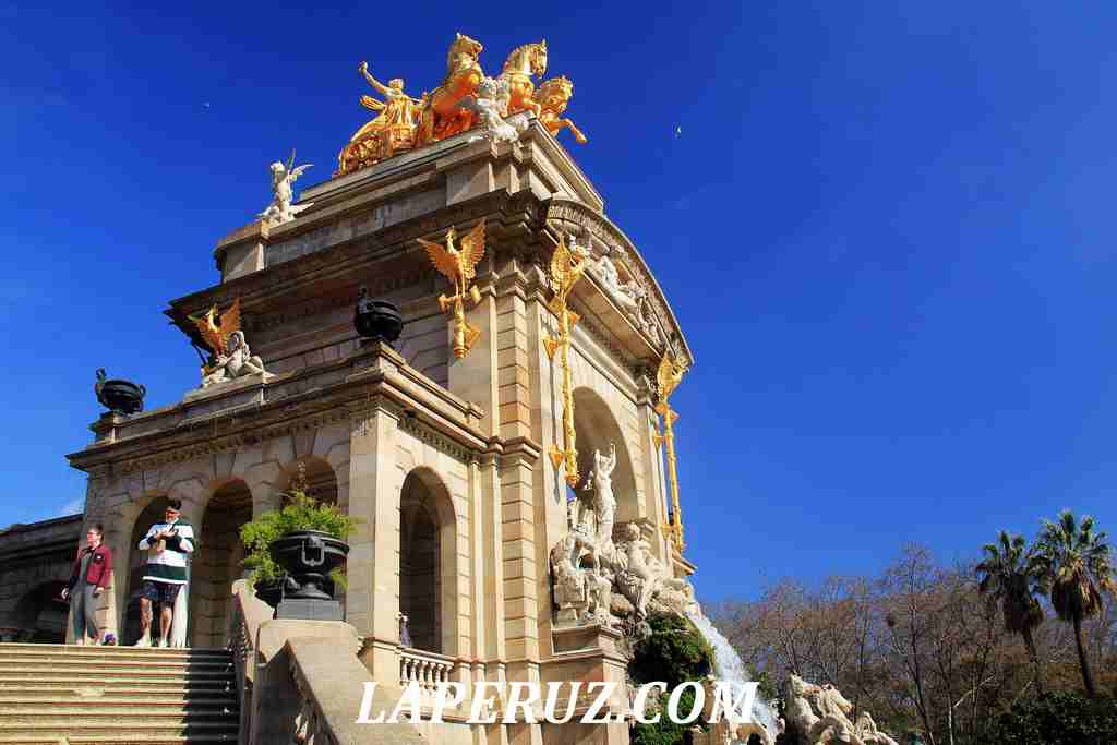 park_citadeli_Barcelona_kaskad_19