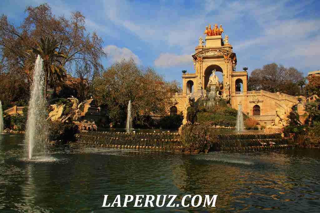 park_citadeli_Barcelona_kaskad_31