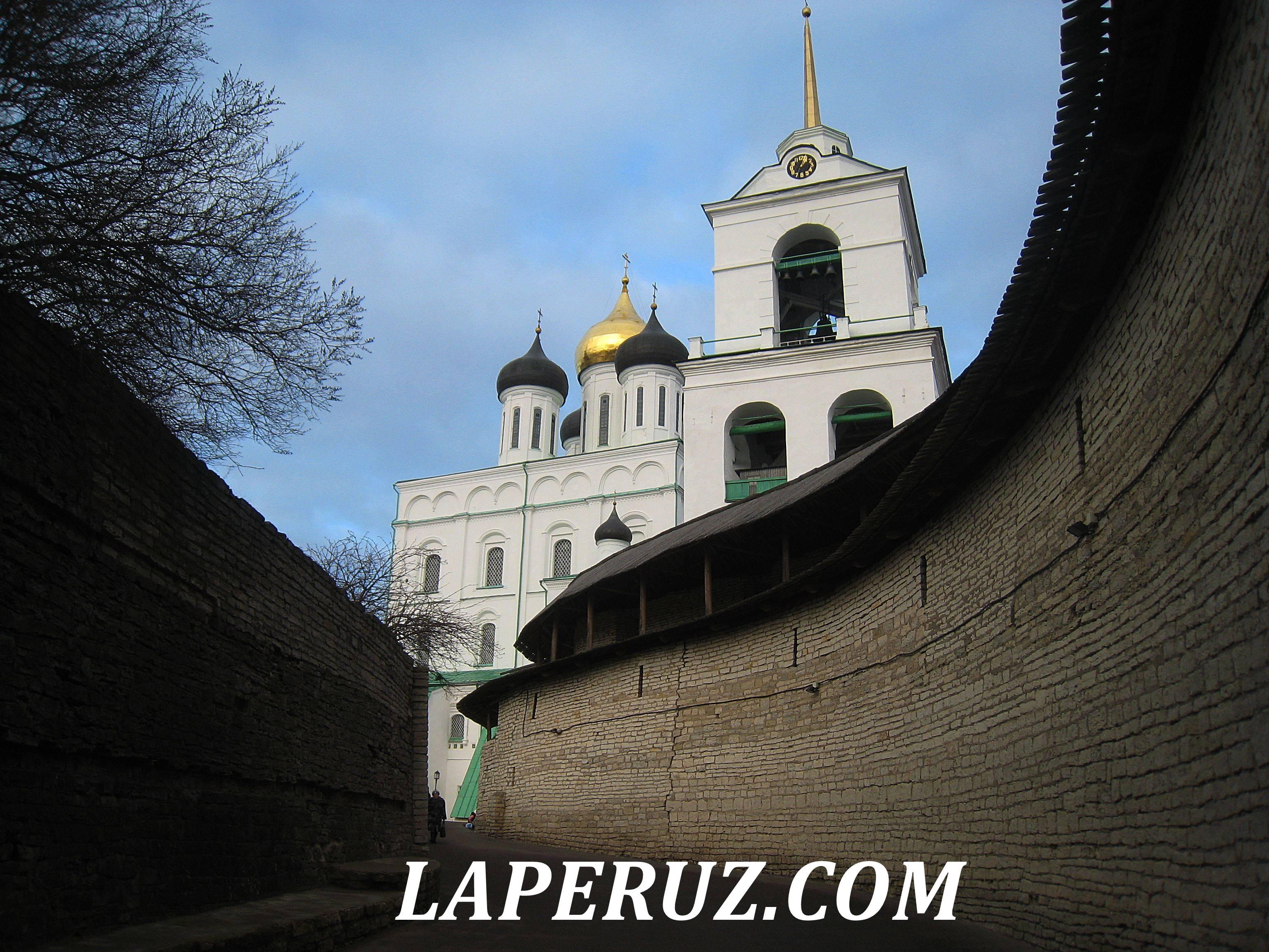 pskov_kreml_zahab_1