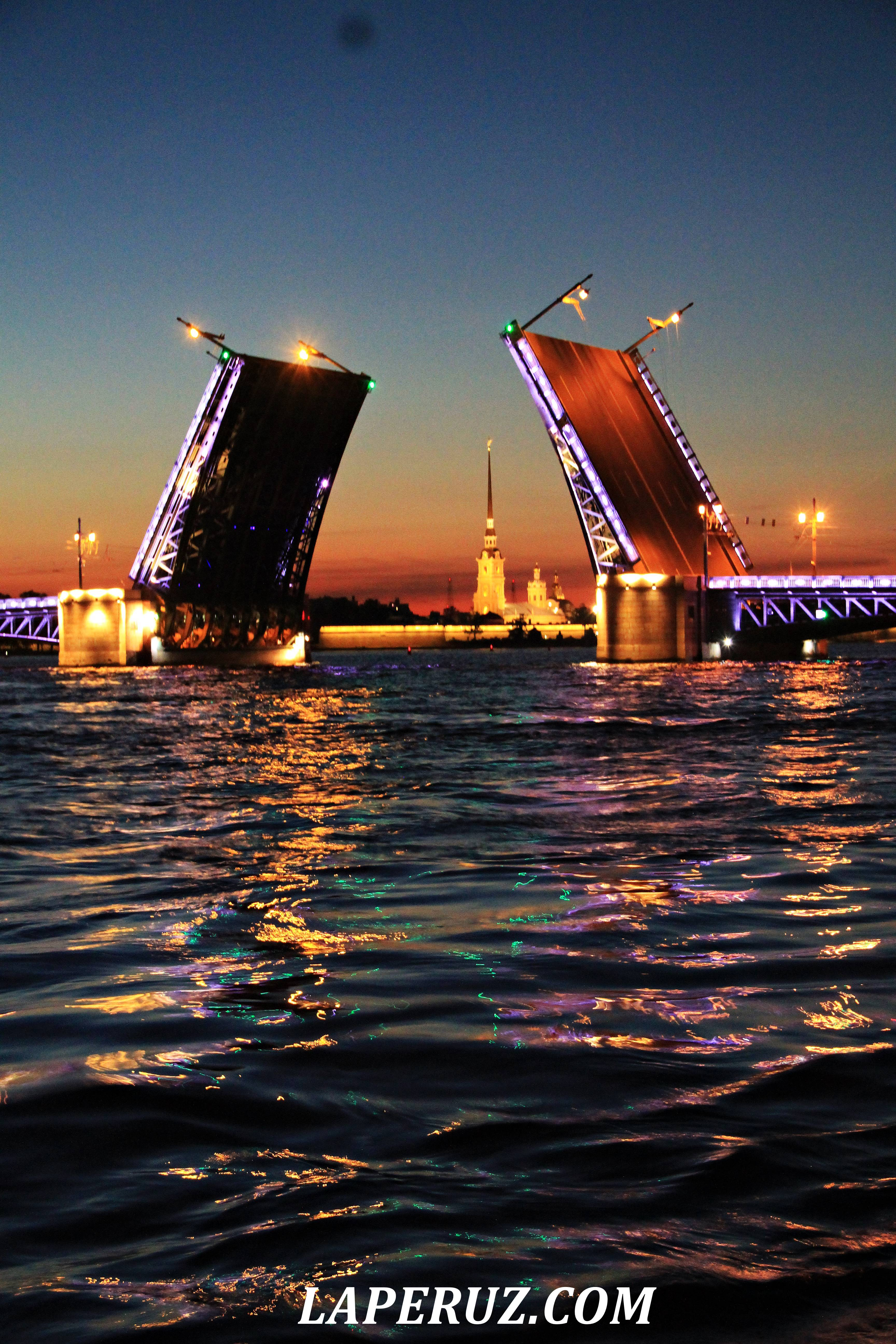 razvod_mostov_peterburg_15