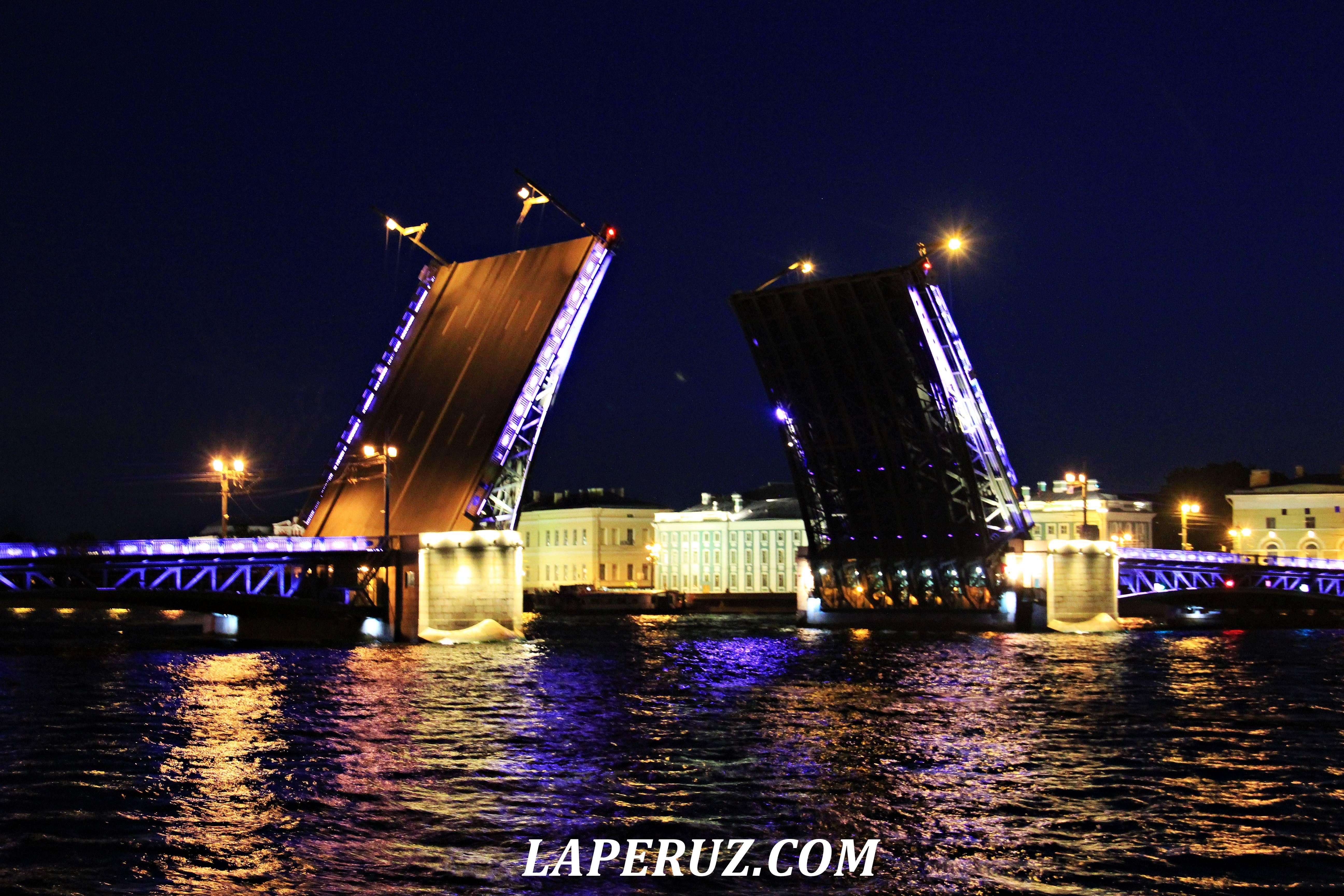 razvod_mostov_peterburg_4