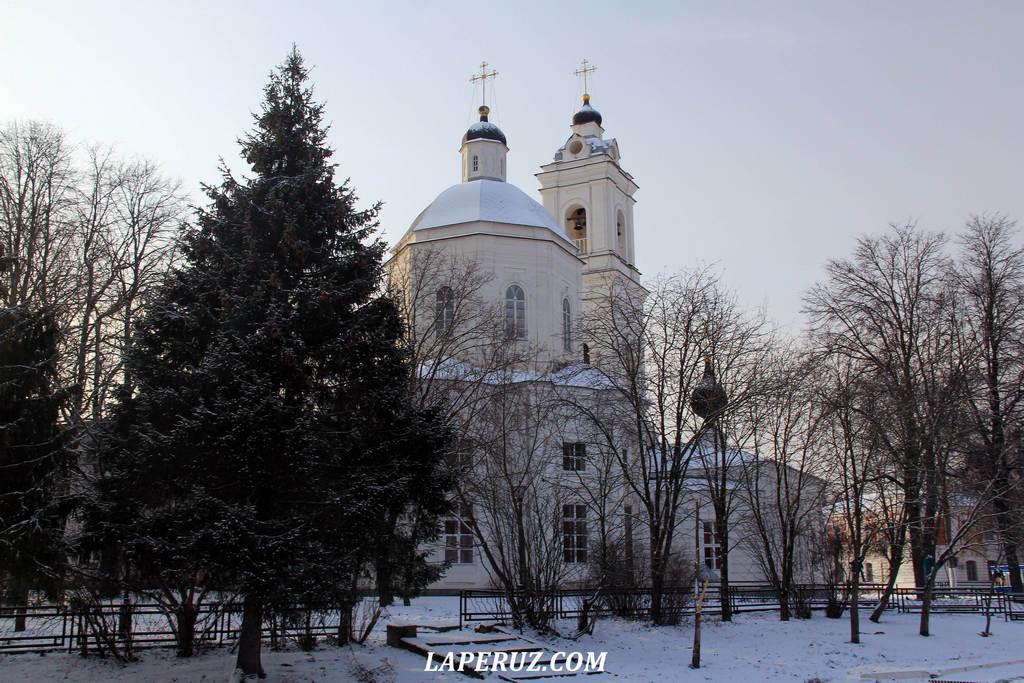 petropavlovskii_sobor_tarusa_1