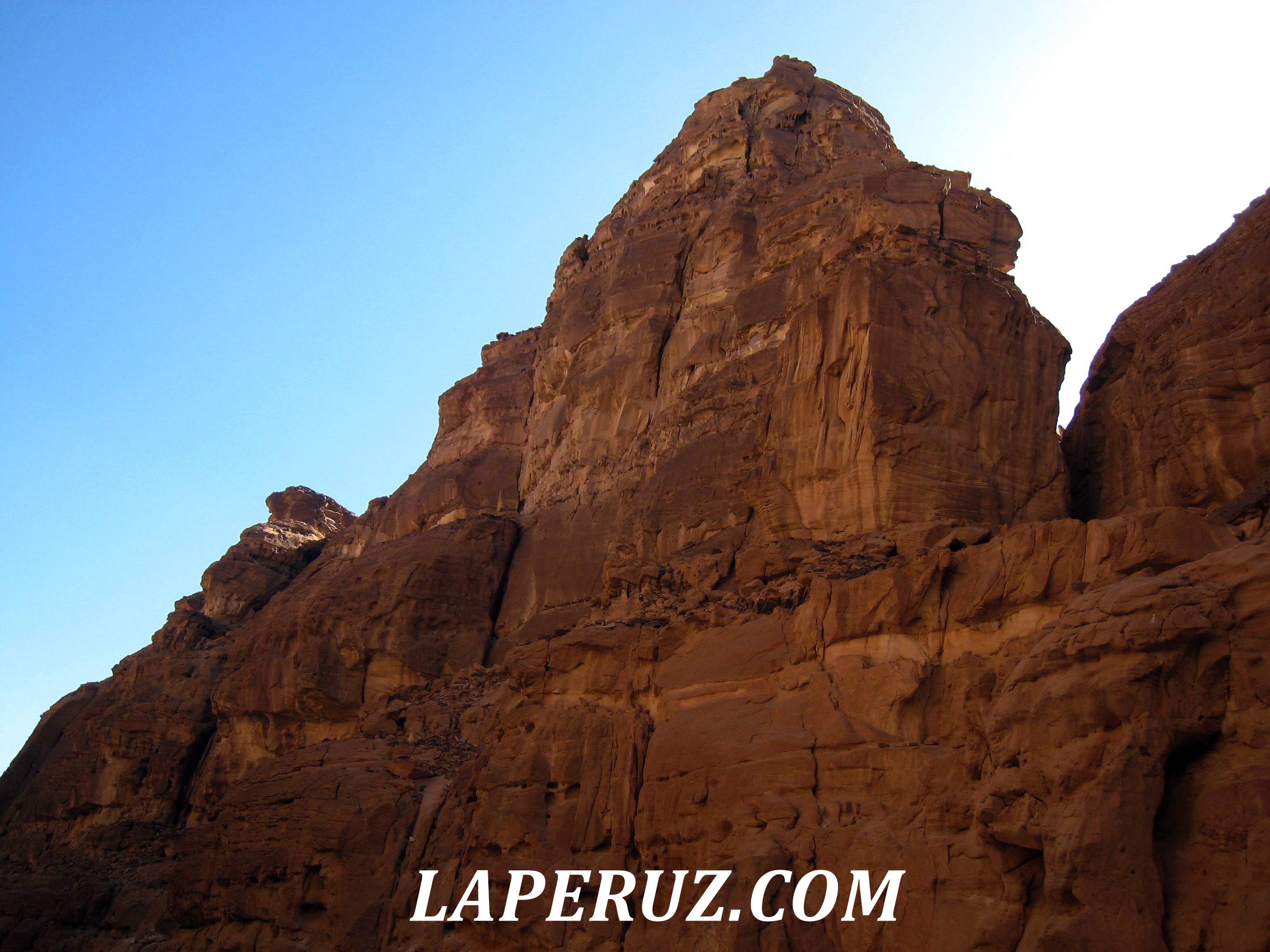 cvetnoi_kanyon_egypt_17
