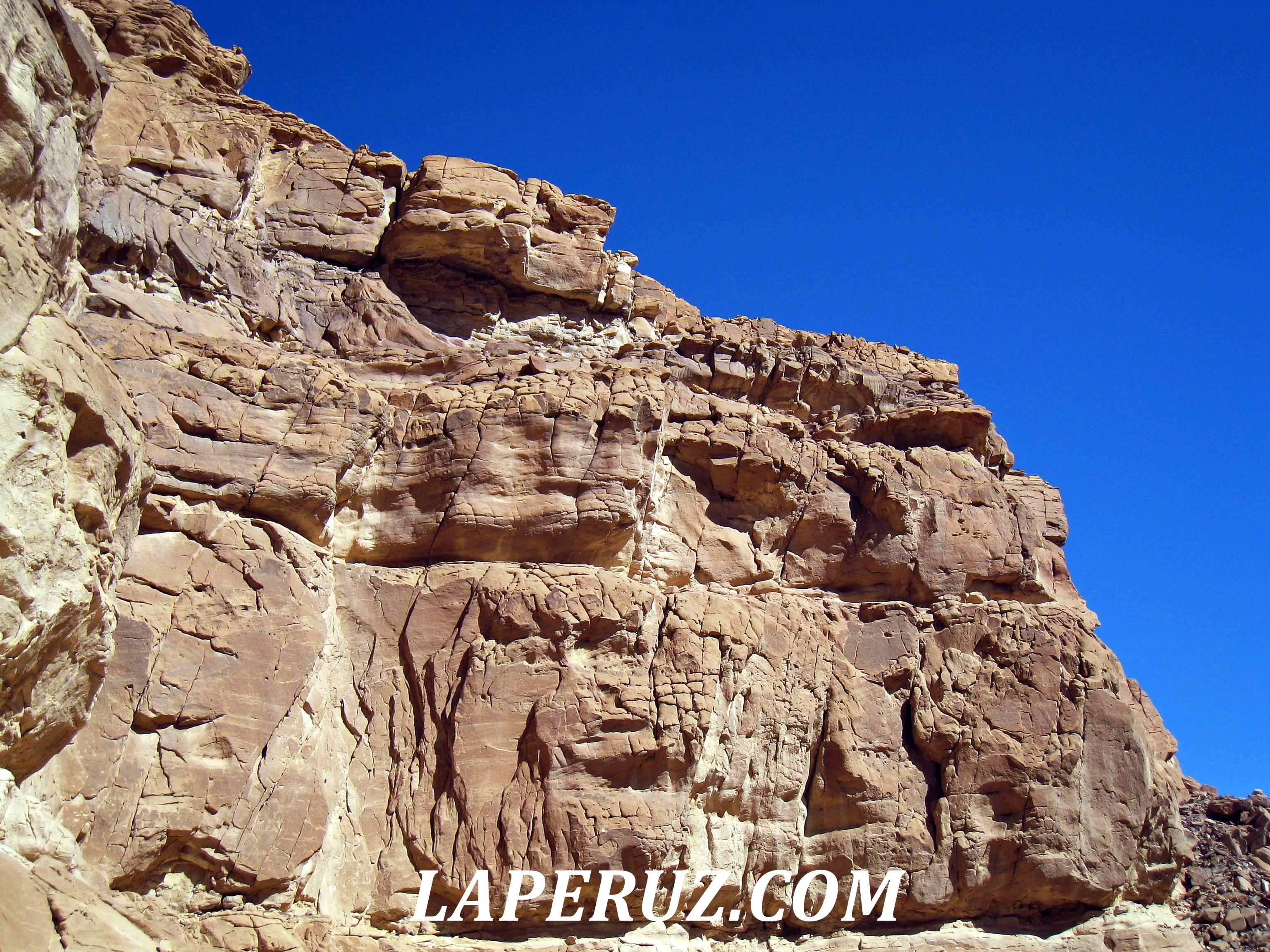 cvetnoi_kanyon_egypt_4