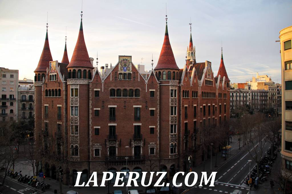 dom_s_shipami_barcelona_14