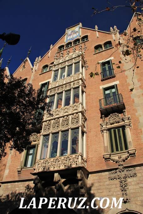 dom_s_shipami_barcelona_8